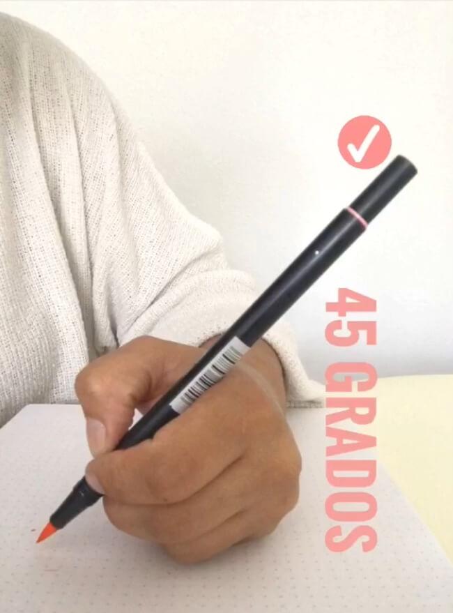 posición-correcta-rotulador-lettering